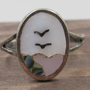 Size 6.5 Sterling Silver Portrait Shell Band Ring